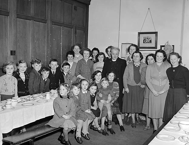 [Llanfyllin Tabernacle party]