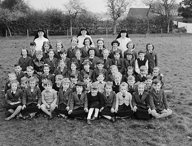 [Nuns with a class of children from Chirk Convent School]