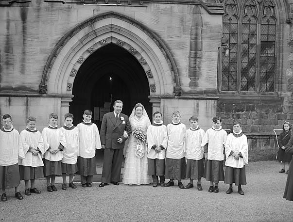[Wedding of Janice Ann Williams and Derrick Harold Edwards at Oswestry Parish Church]
