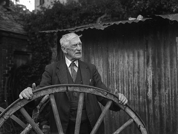 [John Roberts, Beaumaris, an old blacksmith of 89 years of age]