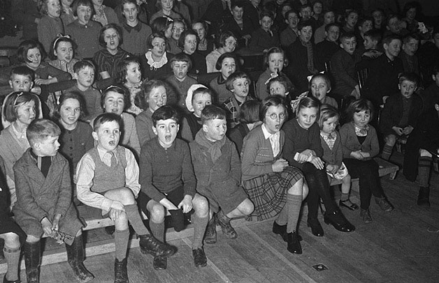 [Merseyside evacuees at a Christmas party at Llanidloes Boys' Club, 1940]