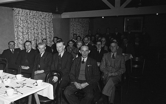 [Whitchurch (Shropshire) Bowling and Tennis Clubs dinner, 1948]