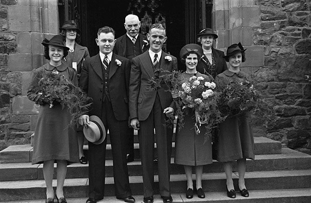 [Wedding of Gladys Eveline Jones to Emrys Jones at St Mary's, Welshpool]