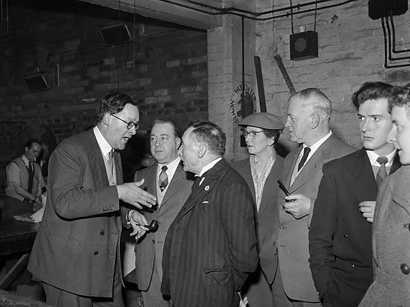 [Shrewsbury newsagents visiting the Caxton Press]