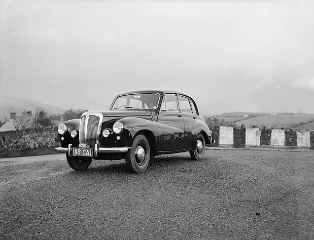 [Daimler Conquest 'Century' Road Test]