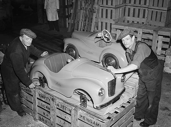 [ [Austin Toy Cars [Factory], Pengam, Bargoed]
