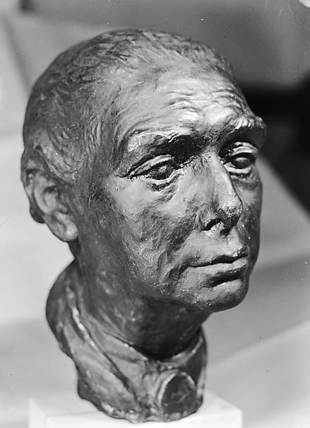 [Plaster cast of bronze head of Agnes Hunt]