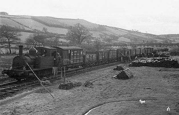 [The dismantling of the Van mines railway, at  Cerist near Llanidloes]