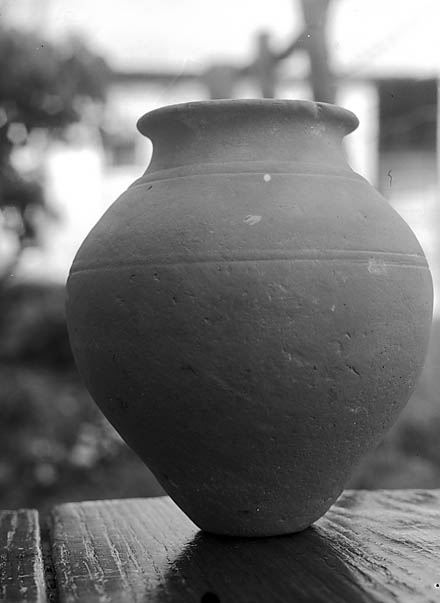 [A Roman jar found by Miss Drusilla Lewis, Gwernaffield-y-Waun]
