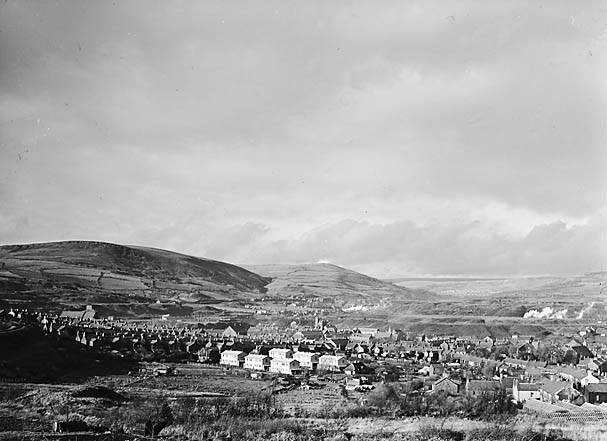 [Cwm Llyfni views: Maesteg and Caerau]