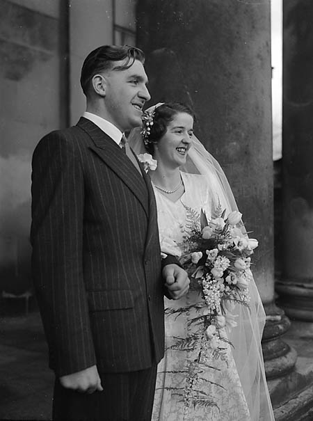 [Wedding of Una Gertrude Clarke to John W Hubbard at St Chad's, Shrewsbury]