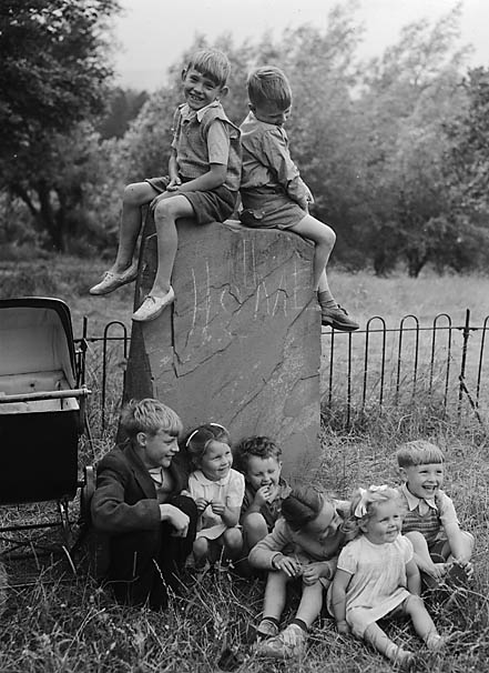 [Caerphilly children on the logan-stone]