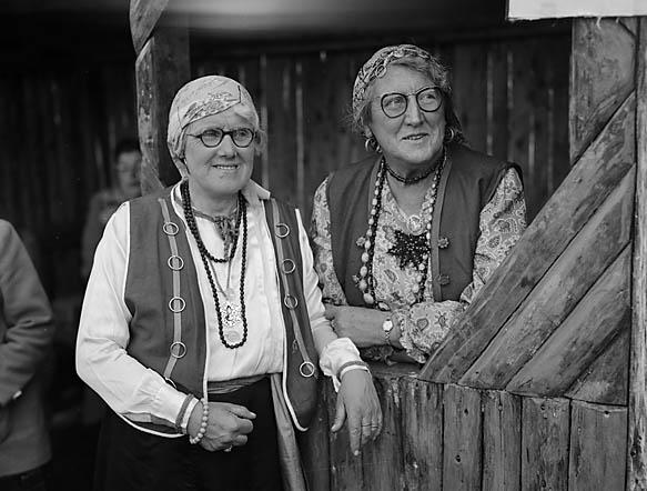[Bryncrug gypsies at Dolgellau Folk Festival]