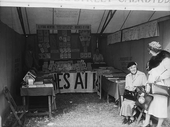 [Hughes a'i Fab's stall at the 1953 National Eisteddfod in Rhyl]