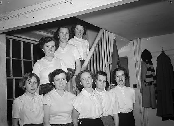 [Dolgellau Folk Dancing Group and pupils of Dolgellau Senior School]