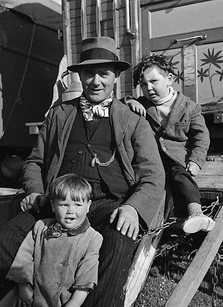 [A gypsy family]