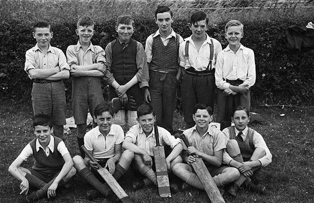 [Unidentified Boys Cricket Team]