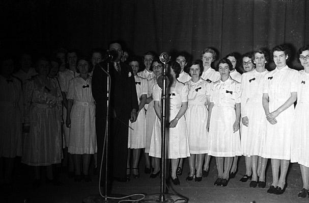 """[Eisteddfod Genedlaethol 1941, Bae Colwyn (Yr """"Eisteddfod Radio"""")]"""
