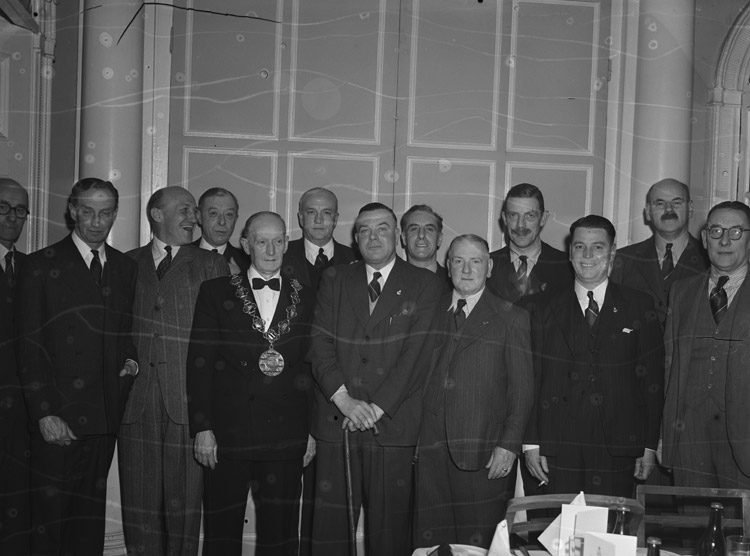 [The King's Shropshire and Herefordshire Light Infantry Old Comrades dinner at Shrewsbury]