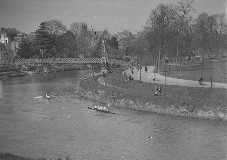 [Shrewsbury Head of the River Race - Stratford's fourth success]