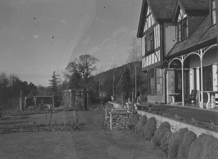 [Plas Tudur, Pant, Oswestry, the home of Rowland Thomas, chairman of Woodall's Newspapers]