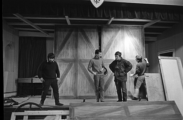 Preparations and rehersals for an unidentifed production by Cwmni Theatr Cymru including images of Mici Plwm, Michael Povey, John Ogwen, Dafydd Hywel, Gaynor Morgan Rees, Beryl Williams and Grey Evans